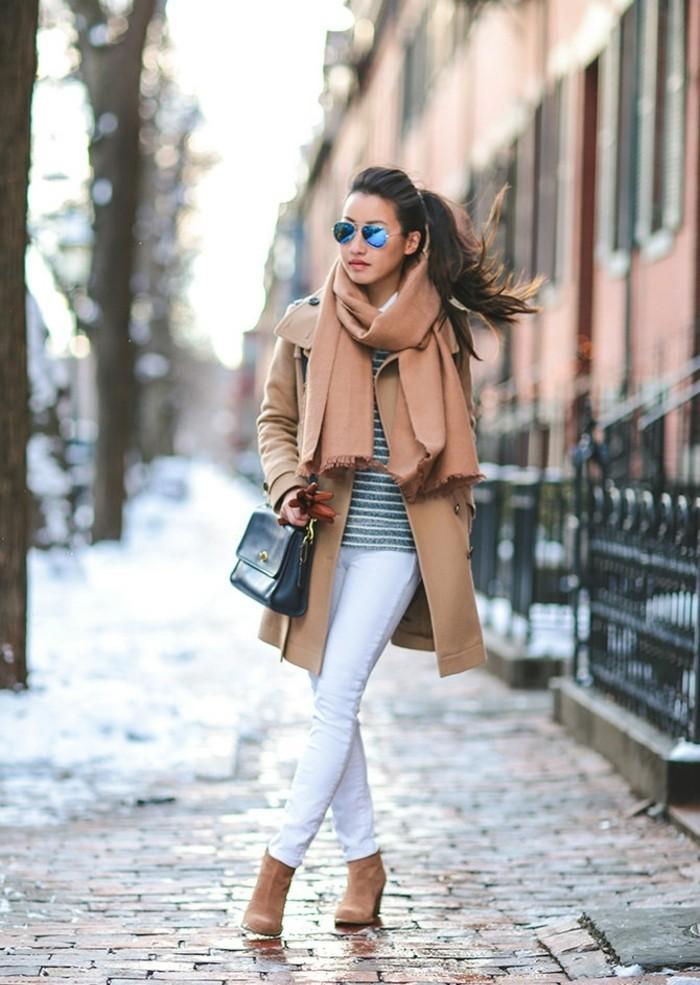 manteau-burberry-trench-femme-trench-long-femme-trench-a-capuche-vu-de-la-rue