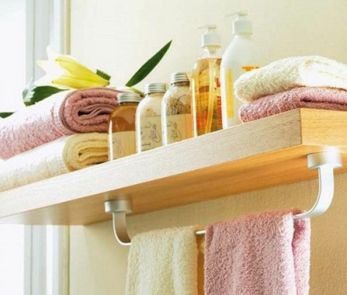 Le porte serviette en 40 photos d 39 id es pour votre salle - Etagere murale salle de bain ...
