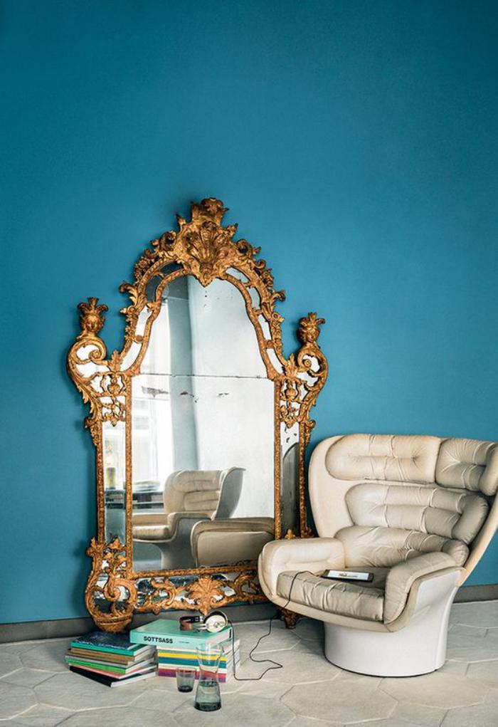 le miroir dor en 40 photos. Black Bedroom Furniture Sets. Home Design Ideas