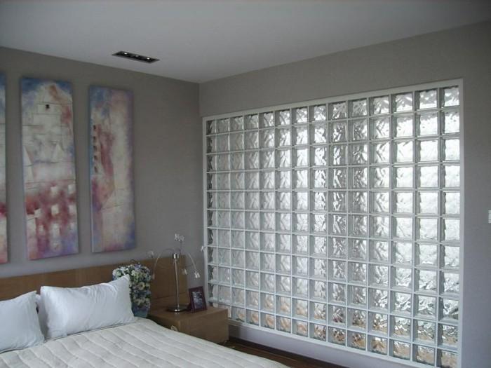 mur-décorative-en-carreau-de-verre-chambre-à-coucher-lit-resized
