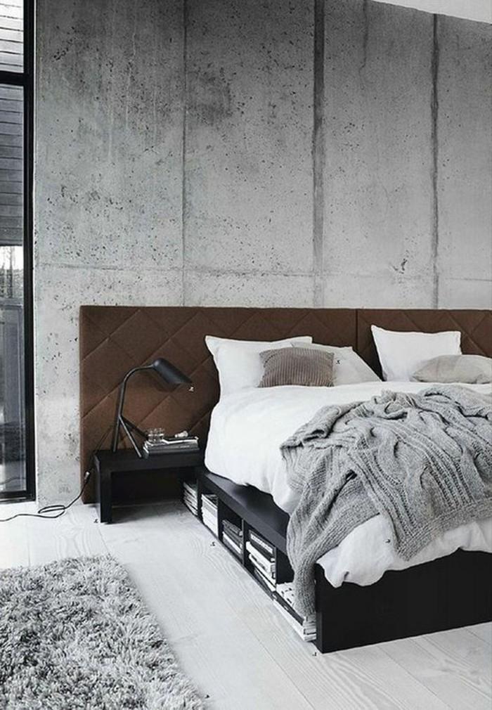 murs-dans-la-chambre-a-coucher-en-beton-decoratif-plan-de-travail-béton-cire-sol-en-parquet-gris