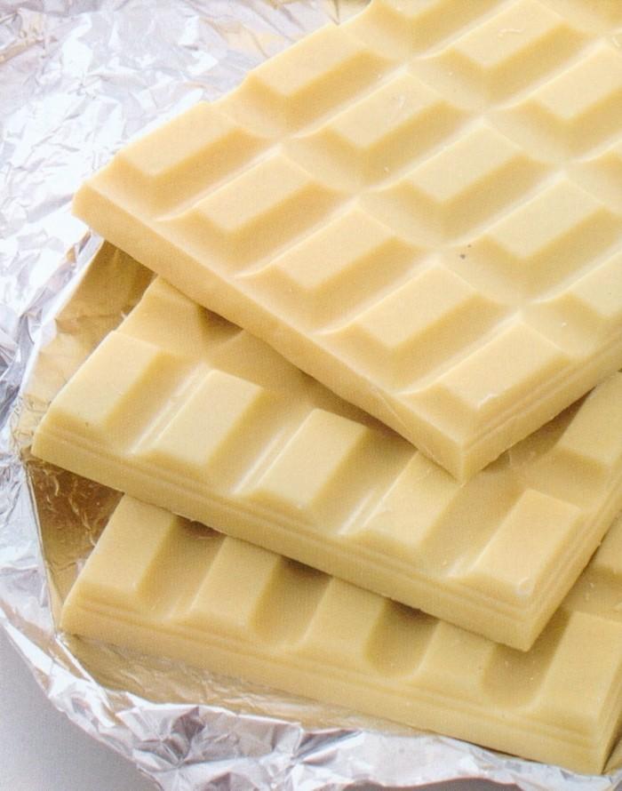 nappage-chocolat-blanc-glacage-au-chocolat-blanc-gateau-magique-au-chocolat-