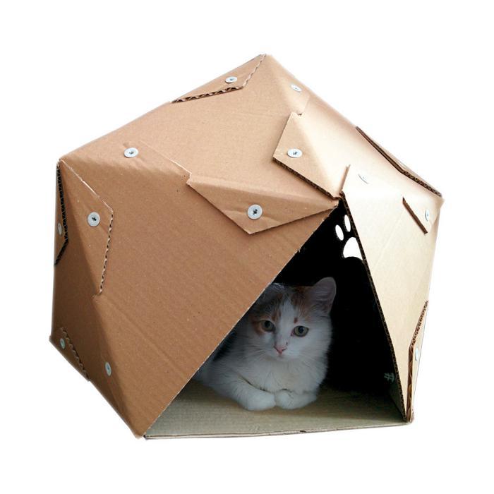niche-pour-chat-en-carton