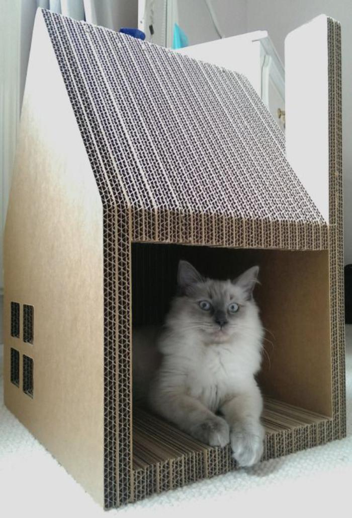 tuto maison pour chat en carton ventana blog. Black Bedroom Furniture Sets. Home Design Ideas