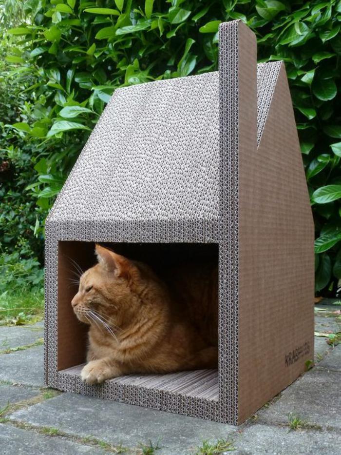 niche-pour-chat-maisonette-chat-carton