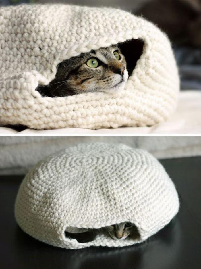 niche-pour-chat-tricotée-cosy-lit-de-chat-au-tricot