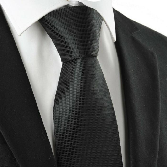 noeud-cravate-windsor--comment-faire-une-cravate-corail-noeud-cravate-windsor