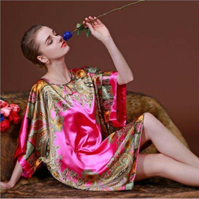 nuisette-longue-satin-chemise-de-nuit-femme-pyjama-femme-kiabi