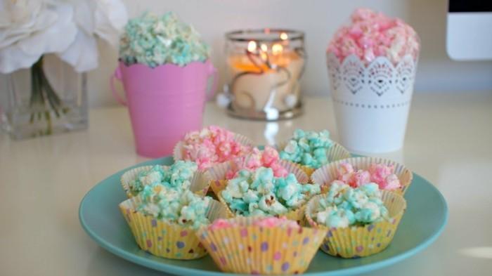 oeuf-de-pâques-cloches-de-pâques-décoration-de-table-pour-paques-popcorn-coloré