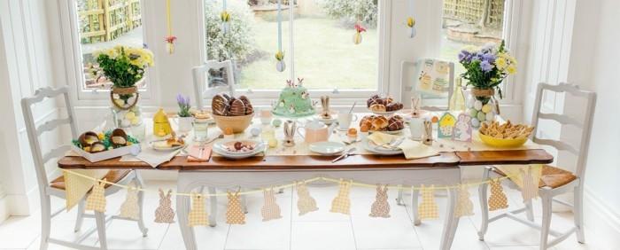 pâques-2015-date-arbre-de-pâques-papier-maché-ballon-originale-diy-la-table-magnifique