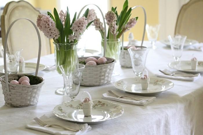 pâques-2015-date-arbre-de-pâques-papier-maché-ballon-originale-diy-rangement-table