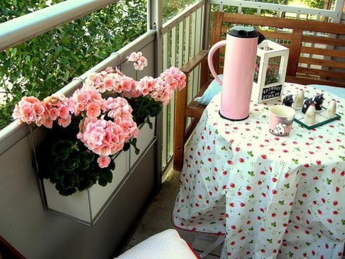 Comment fleurir son balcon en 80 photos avec des id es - Comment amenager un petit balcon ...