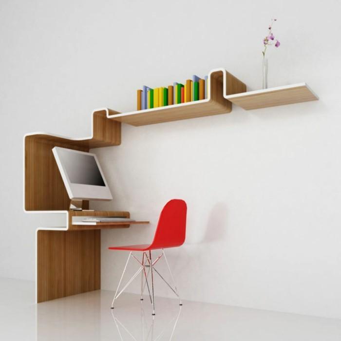 petite-bibliothèque-murale-en-bois-et-jolie-chaise-rouge-mur-blanc-sol-blanc