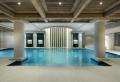 La piscine intérieure – un luxe, un rêve, une installation de sport