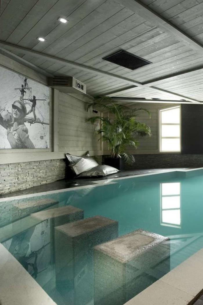 piscine-intérieure-contemporaine-belle-piscine-moderne