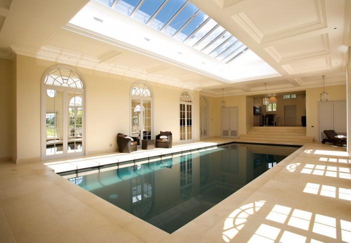 piscine-intérieure-piscine-élégante-contemporaine