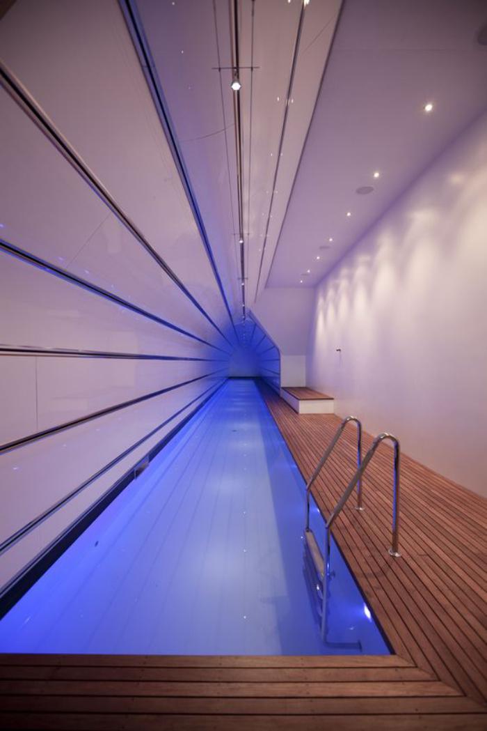 La piscine int rieure un luxe un r ve une installation de sport archzin - Couloir de nage interieur ...