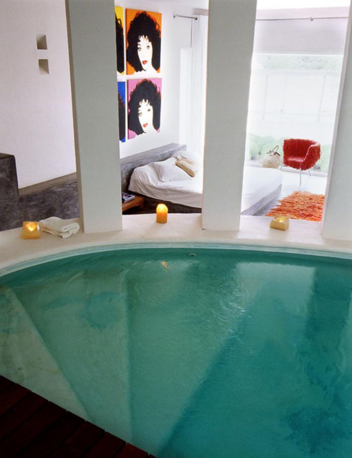 La piscine int rieure un luxe un r ve une installation for Apprendre a plonger dans une piscine