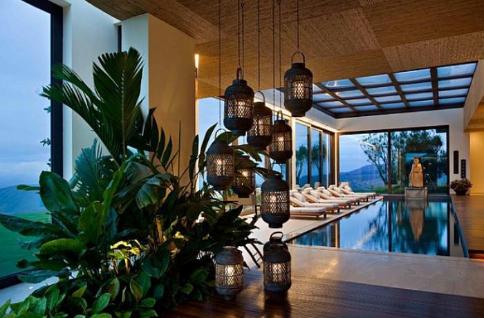 piscine-intérieure-thème-oriental