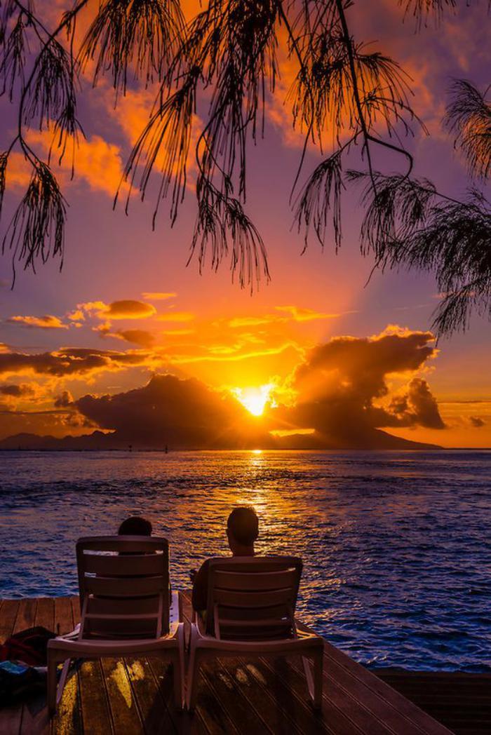 polynésie-française-voyage-admirer-le-coucher-du-soleil