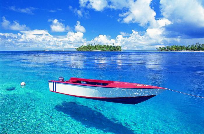 polynésie-française-voyage-barque-flottante
