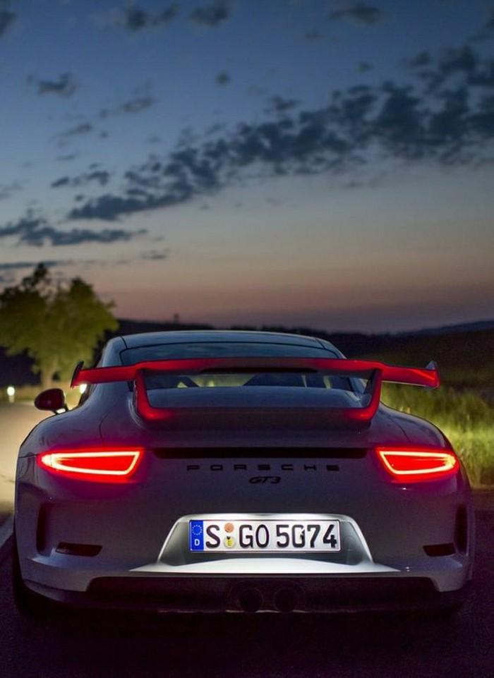 porsche-911-gt3-voitures-sportifs-vehicules-de-collection-voiture-ancienne-occasion