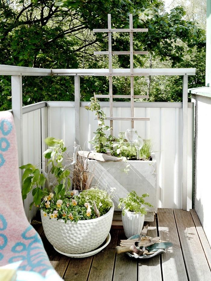Les meilleures id es comment d corer son balcon - Amenager son balcon pas cher ...