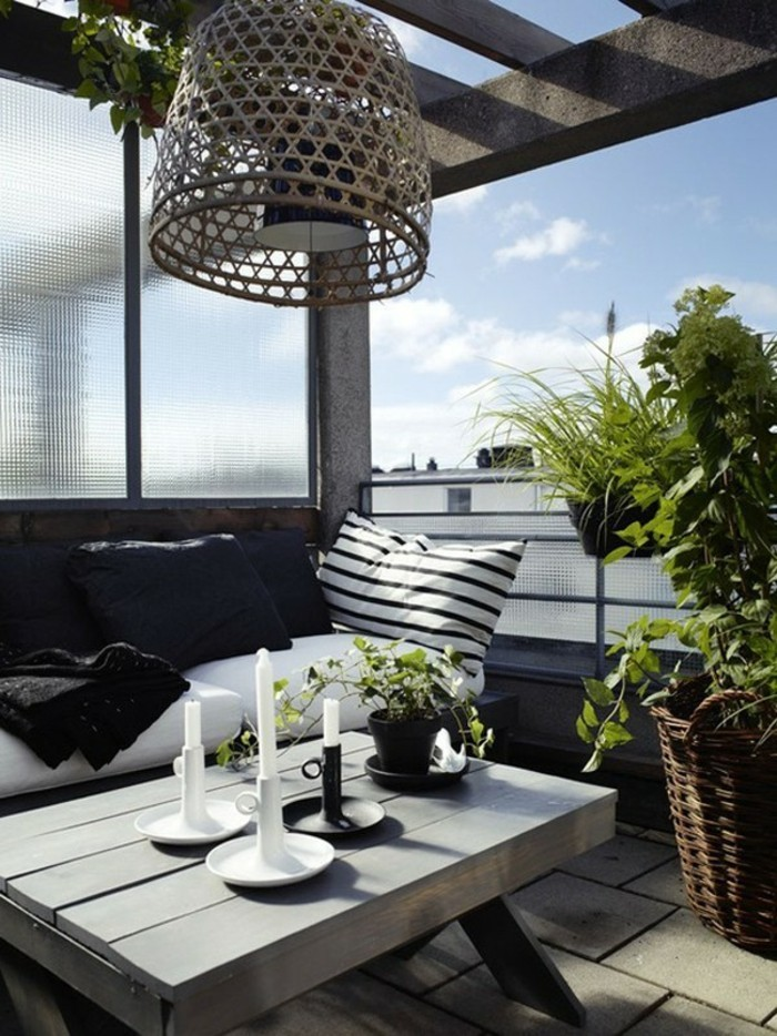 revetement-balcon-amenagement-balcon-deco-balcon-amenager-terrasse