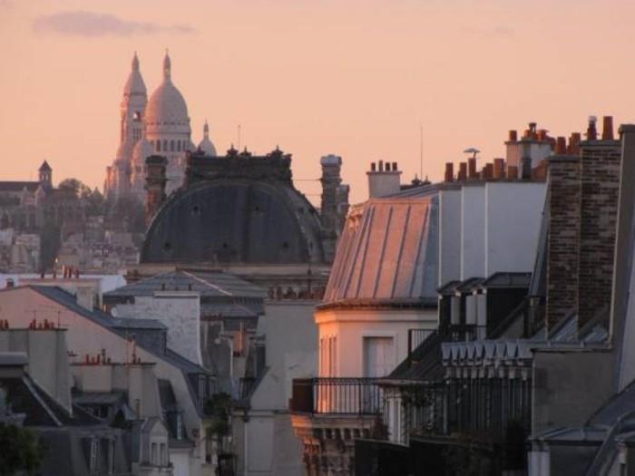 rooftop-paris-meilleures-terrasses-paris-jolie-vue-de-haut-cool-sacté-coeur-coucher-de-soleil