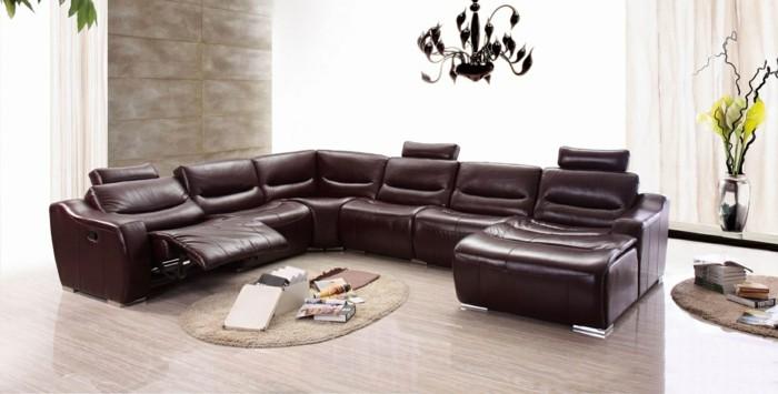 salon-avec-canape-italien-en-cuir-marron-foncé-canape-design-italien