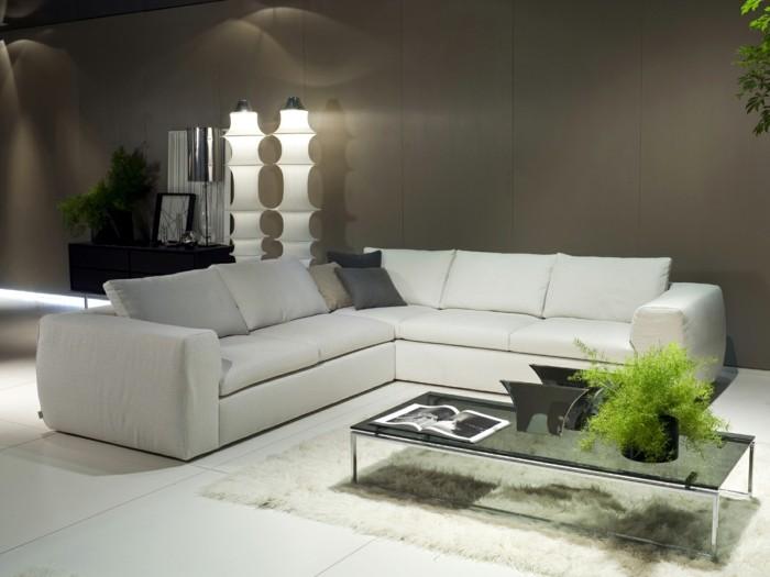 saon-blanc-marron-avec-canapé-en-cuir-blanc-meubles-de-salon-sol-en-carrelage-blanc