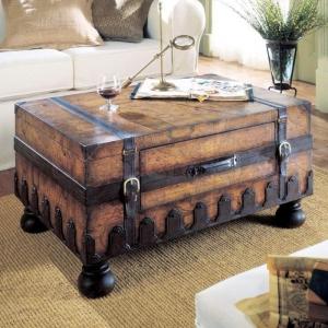 La table basse coffre - une touche déco vintage qui va vous enchanter