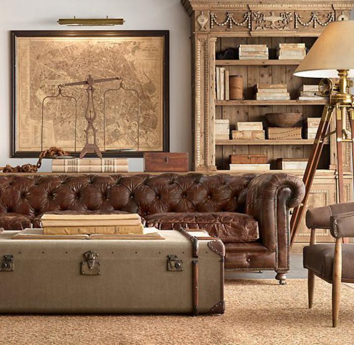 table-basse-coffre-style-ancien-magnifique-sofa-étagère-et-outillage-vintage