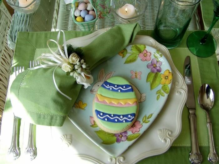 table-vert-activité-paques-creation-pour-paques