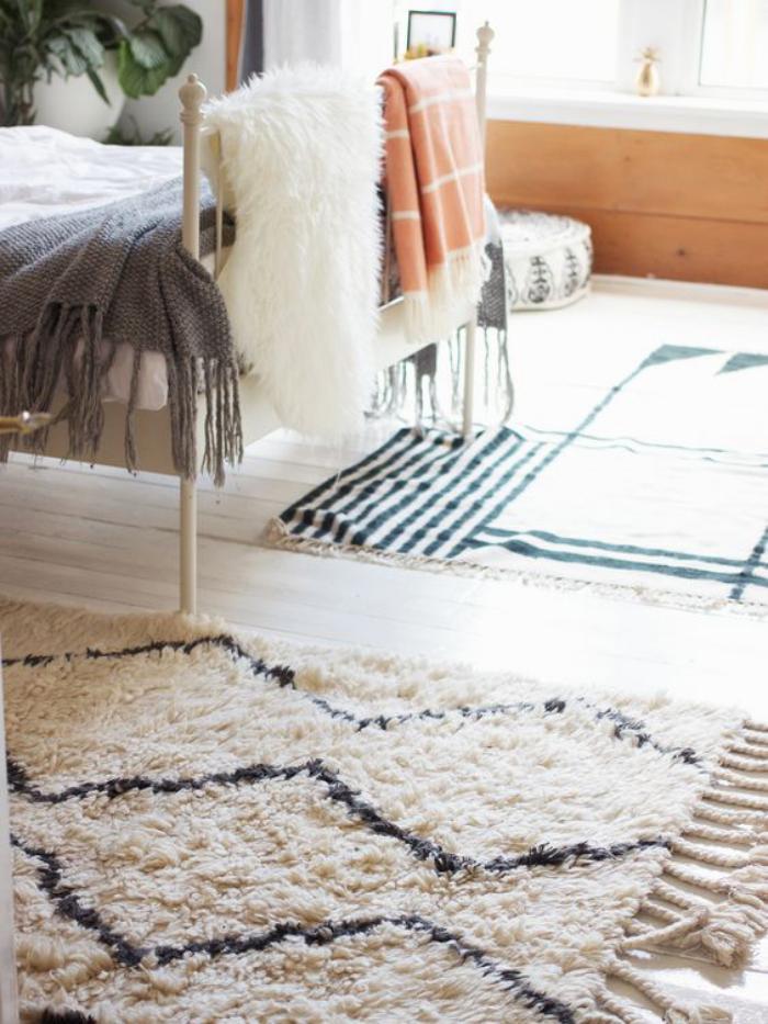 tapis-marocain-décoration-marocaine-de-chambre-à-coucher