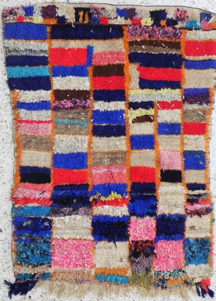 tapis-marocain-joli-tapis-marocain-en-couleurs-splendides