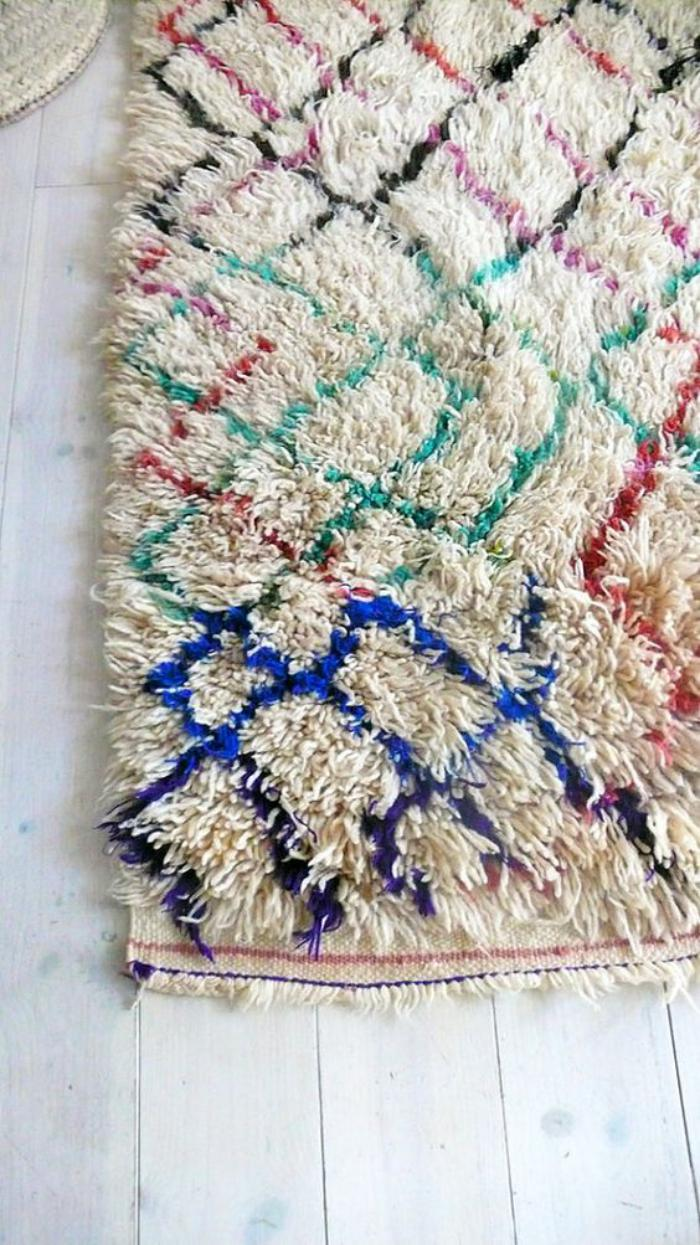 tapis-marocain-tapis-berbère-motifs-diamants