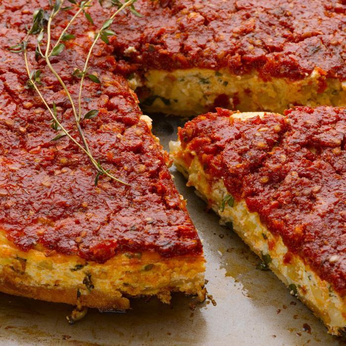tarte-salée-gâteau-salé-savoureux-aux-tomates-rouges