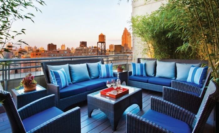 trop-cool-idée-aménagement-terrasse-deco-terrasse-jardin-originale-meubles-exterieur