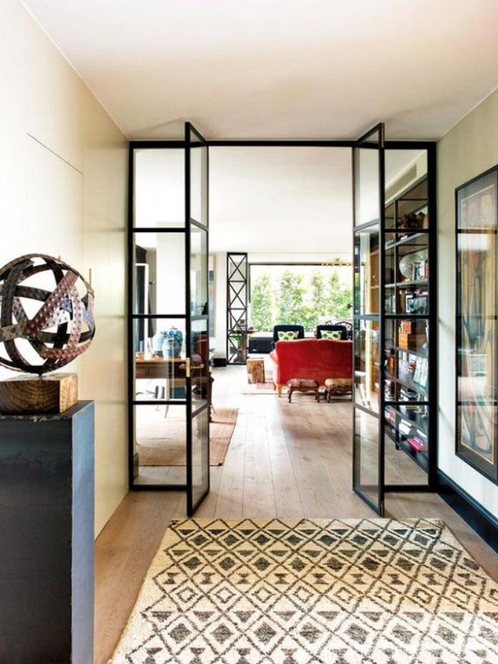 verrière-intérieure-porte-d'artiste-vitrée