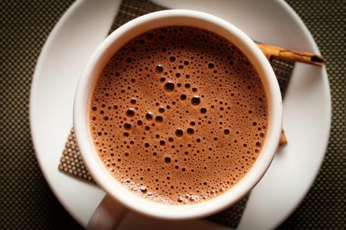 voir-comment-faire-des-chocolats-recette-vrai-chocolat-chaud-idée