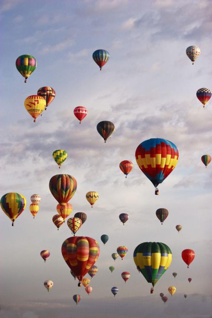vol-en-montgolfière-promenade-ballon-volant