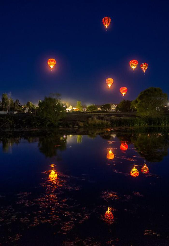 vol-en-montgolfière-promenade-romantique-avec-ballon