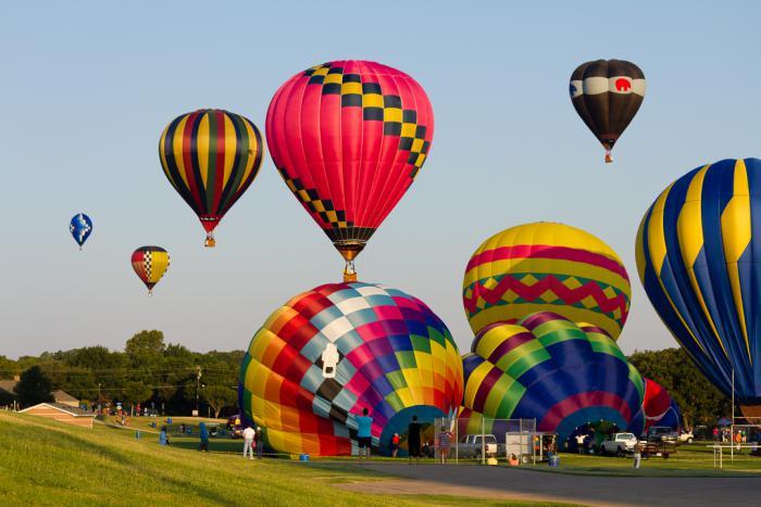 vol-en-montgolfière-festivals-montgolifières-promenades-romantiques
