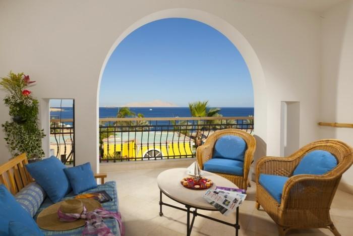 Les meilleures idées comment décorer son balcon! - Archzine.fr