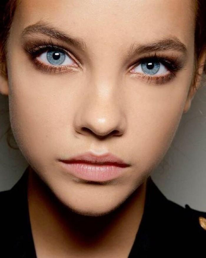 0-apprendre-a-se-maquiller-les-yeux-bleus-comment-se-maquiller-yeux-bleus