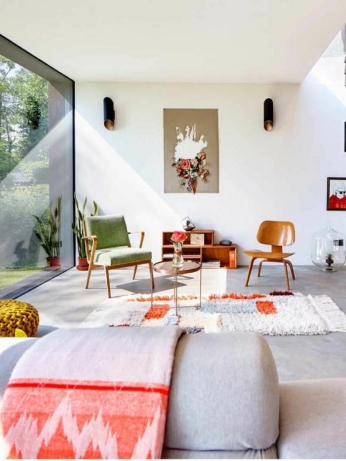 0-idee-deco-peinture-salon-canape-gris-tapis-blanc-dans-le-salon-chic-murs-blancs