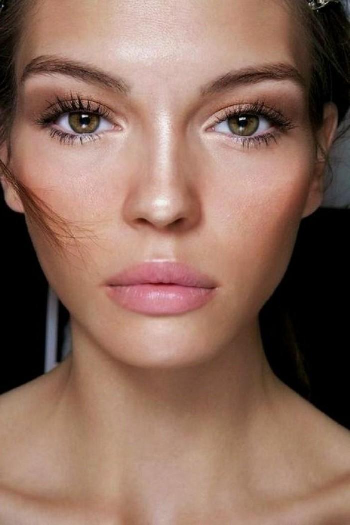 0-idees-en-photos-maquillage-pour-agrandir-les-yeux-femme-maquillage-de-qualité