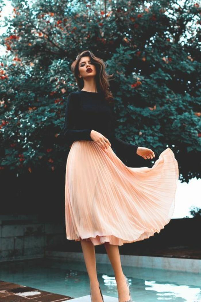 0-jupe-longue-plissée-de-couleur-peche-jupes-mi-longues-mode-femme