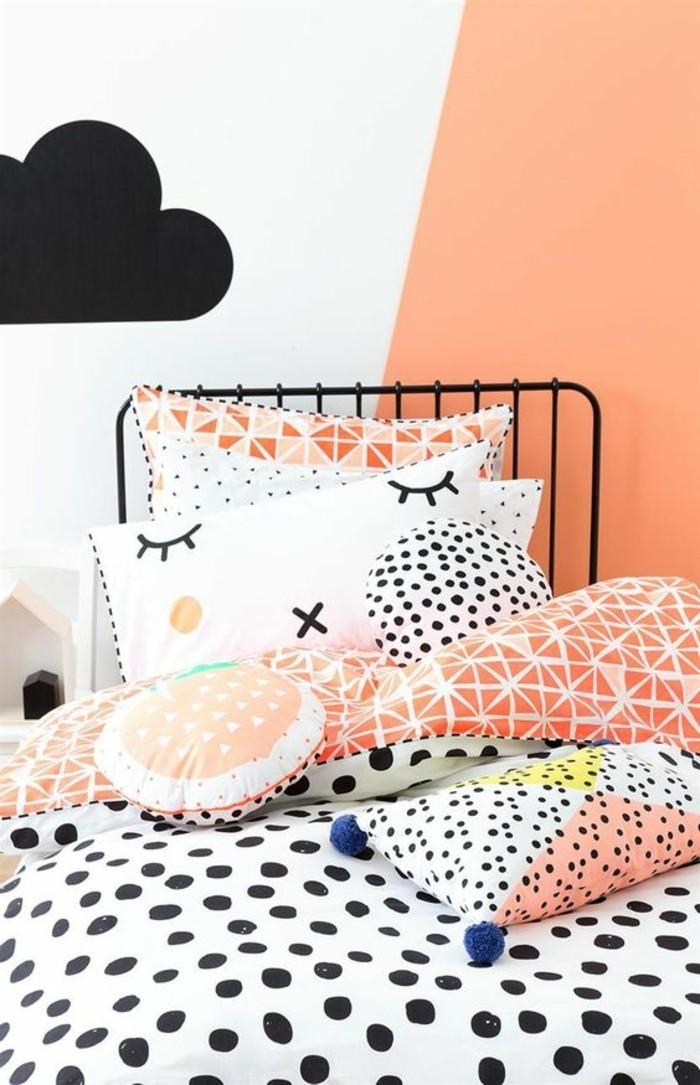 0-peindre-une-pièce-en-deux-couleurs-chambre-adulte-mur-blanc-rose